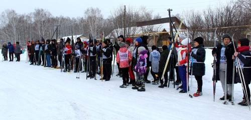 Субботние старты. В минувшие выходные кунашакцы встали на лыжи и надели коньки