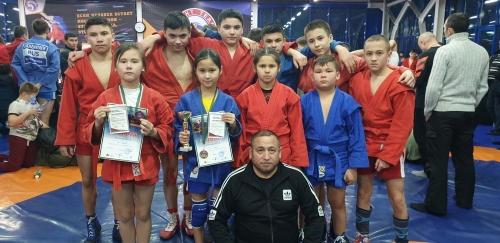 Борцы – молодцы! Юные спортсмены из Кунашака множат число своих побед